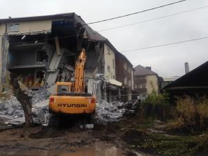 Демонтаж здания г.Екатеринбург, ул. Хасановская, д. 70 Сентябрь 2016 года.