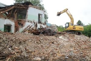 Демонтаж здания школы г. Верхняя Пышма, ул. Орджоникидзе